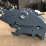30 Tonne Auto-lock Quick Hitch